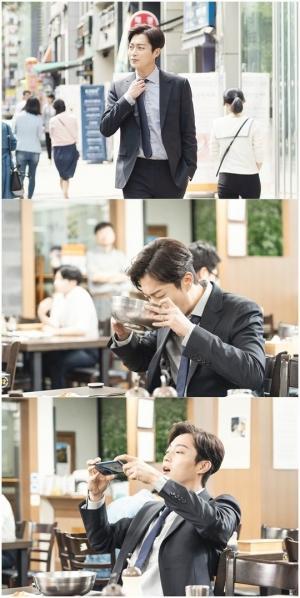 '식샤3' 윤두준, 식샤님의 시작은 평양냉면...첫 촬영 스틸 공개