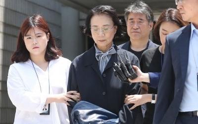 폭언·불법고용 한진家 이명희…오늘 구속 여부 결정