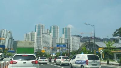 [임장&현장] 광명역 vs 철산동, 광명 '황제 아파트'는 어디?