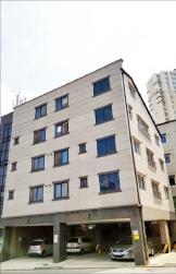 [한경 매물마당] 수익률 8%대, 김포 신도시 초역세권 헤어숍 상가 등 6건