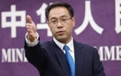 """中상무부 """"중국에 테슬라 공장 설립 환영… 미중 담판 아직 없다"""""""