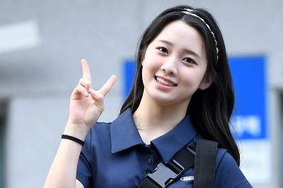 김나영, '통통 튀는 상큼한 모습에 눈길~' (프로듀스 48 출근길)