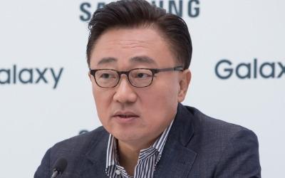 """""""LG폰 잘됐으면""""…고동진 사장이 경쟁사 응원한 사연"""