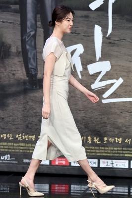 엄현경, '우아한 모습으로 등장~'