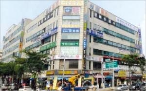 [한경 매물마당] 영등포 역세권 빌딩 구조조정 급매 등 8건