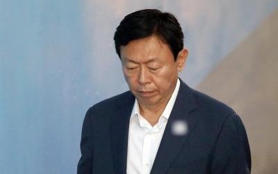 신동빈 2심 결심… 검찰, '국정농단·경영비리' 중형 구형 예상