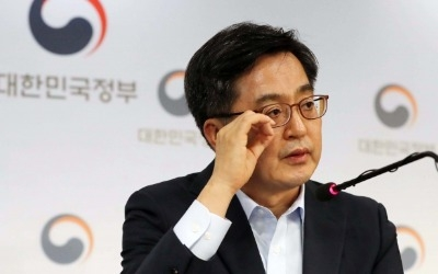 """김동연 부총리 """"집값담합 행위…입법해서라도 대응"""""""