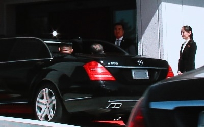 남북정상회담 문 대통령·김정은, 함께 벤츠 오픈카 탄 이유는?