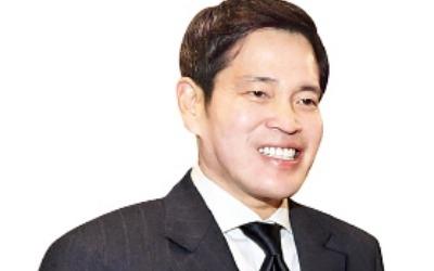 정용진 신세계 부회장 '하남 프로젝트' 6개월째 표류… 창고로 오해 받은 온라인 센터