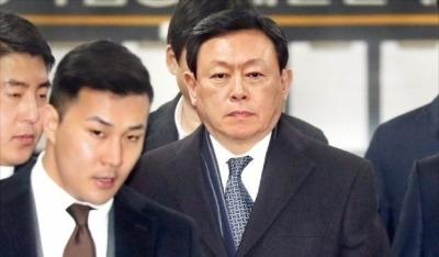 롯데 신동빈 항소심 선고 하루 앞으로…뇌물 vs 사회공헌 '쟁점'