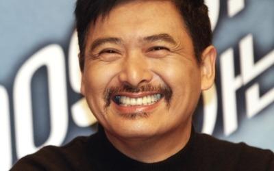 '한달 용돈 14만원' 주윤발, 전재산 8100억원 사회 환원 '역대급 기부천사'