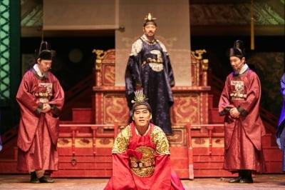 '뮤지컬 1446' 흥행 열풍…'잘 안다고 믿었던, 그래서 더 알지 못하는' 세종대왕
