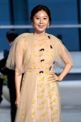 김희애, '당당해서 아름다운 그녀'(부일영화상)