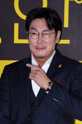 조진웅, '자신감 넘치는 윙크'