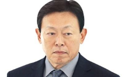 신동빈 롯데 회장, 23일 일본 출장…경영복귀 후 韓·日 통합경영 시동