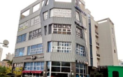 [한경 매물마당] 강남 신사역 세로수길 근생 빌딩 등 16건