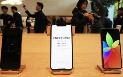북미 스마트폰 시장 위축 분위기 속 애플만 출하량 증가