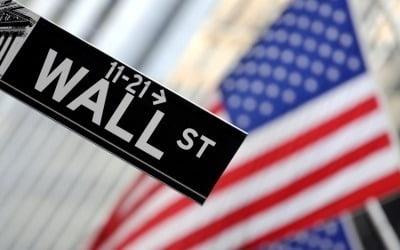 뉴욕증시, 고용부진·무역긴장…다우 2.24% 급락 마감