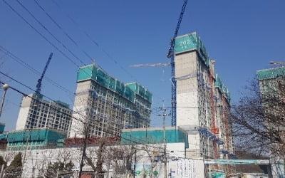 입주 두 달 앞둔 개포 '래미안 블레스티지' 전셋값 급락