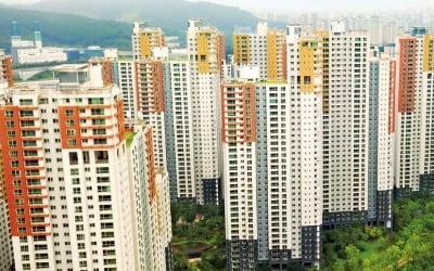 [김하나의 R까기] 집값 떨어져도 조정대상지역, 아파트값 평균의 함정