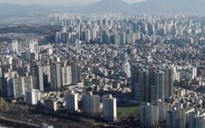 서울 아파트값 약세에 중위가격도 23개월 만에 첫 하락
