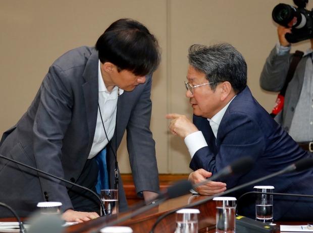 '조국 테마주' 화천기계, 차기 법무부 장관 기용 기대감에 강세