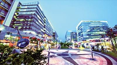금리 인하에 유동자금 '부동산'으로…거래량 20% 상승