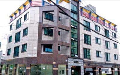 [한경 매물마당] 용인시 대로변 프랜차이즈 편의점 1층 상가 등 12건