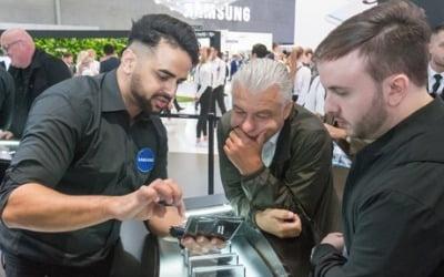 IFA서 '접는폰'으로 맞붙은 삼성·LG…'5G'도 핵심 키워드 등장