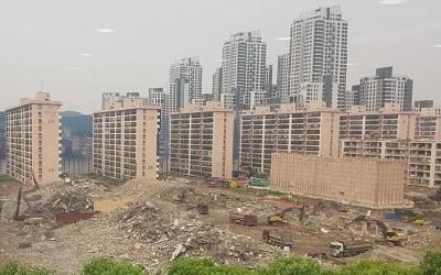 """이중삼중 분양가 규제에…강남 재건축 단지들 """"法 고쳐달라"""" 청원"""