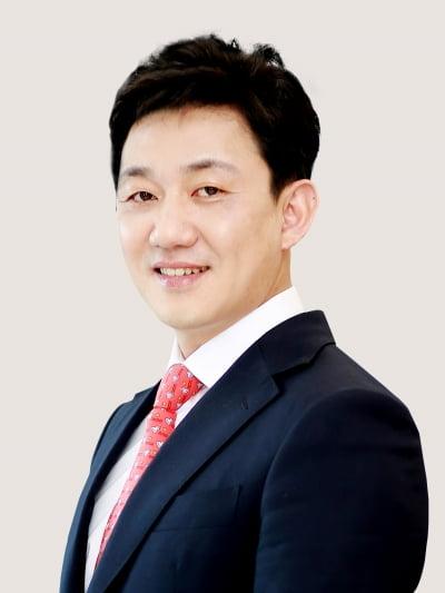 [마켓인사이트]법무법인 세종 이동건 변호사, 2019 ALB 한국법률대상에서 올해의 딜메이커상 수여