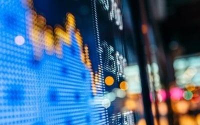일본 증시, '우한 폐렴' 공포에 급락…닛케이 2.03%↓