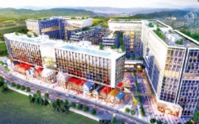 '영화관·볼링장'…지식산업센터야, 복합 쇼핑몰이야
