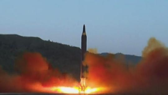 북한, 유엔 결의안 통과 3일 만에 또 미사일 도발 | 정치 | 한경닷컴