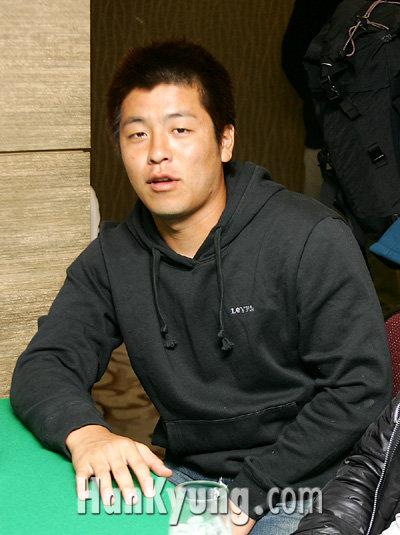 [포토] 강민호, 'WBC우승은 이 손에 있습니다!'