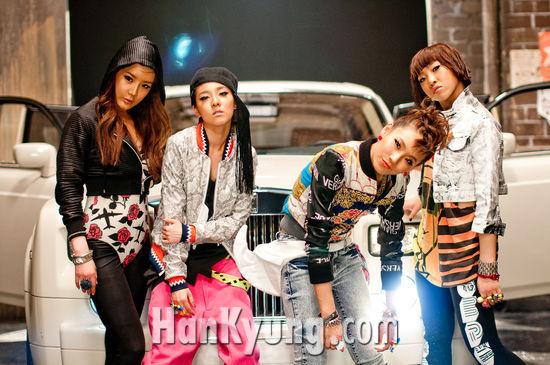"""2NE1 """"많은 관심 가져 주셔서 너무 행복해요"""""""