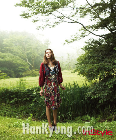 김아중, 신비스러운 매력 돋보이는 '가을 여신(女神)' 변신