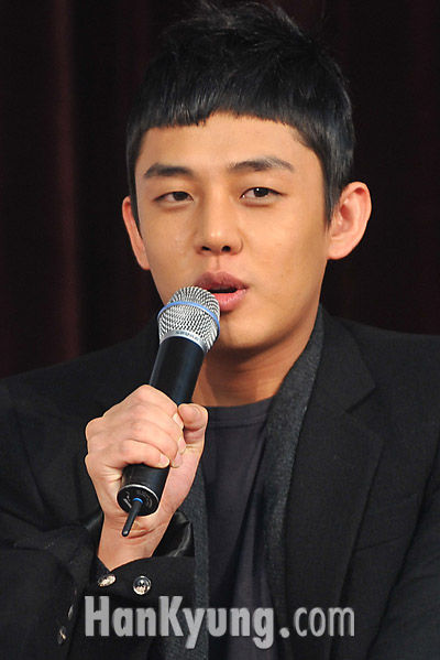 """[포토] 유아인 """"장나라, 쥬니 모두 여자로 안보여"""""""