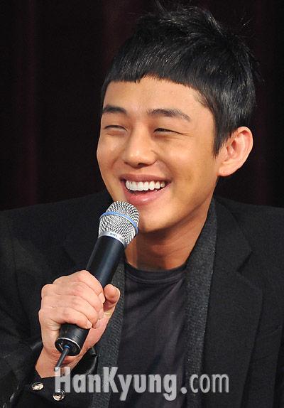 [포토] 유아인, '완소 연하남의 미소'