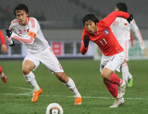 [동아시아축구] 한국, 32년만에 중국에 참패