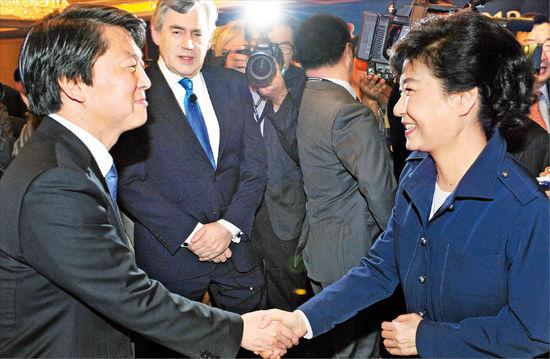 [글로벌 인재포럼 2012] 박근혜, 창조인재 양성…안철수, 사회개혁 병행