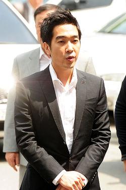 검찰, 고영욱에 징역7년 구형…전자발찌 부착 청구