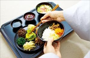반갑다 '힐링 밥상'…사찰음식 총출동