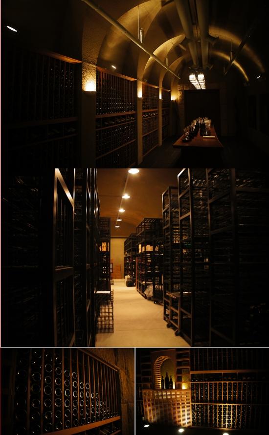 사진= 라그로타 내부 와인저장고 내부 모습들. 대형 철제 와인데크(가운데 사진) 및 나무로 직접 짠 나무 와인 데크에 빼꼭히 꽂힌 와인들이 해외 유수의 동굴 와인셀러 못잖게 고혹적이다. 사진=김민성 기자