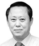 [김정호 칼럼] 한국 공무원이 OECD에서 가장 적다고?