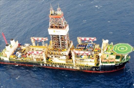 가스공사 탐사선이 모잠비크 북부해상 4구역에서 탐사 활동을 벌이고 있다. 한경DB