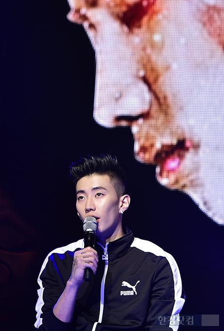 [포토] 박재범, '2년 6개월 만에 컴백 부담된다'