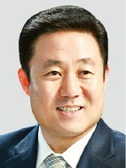 """[한·아세안 특별정상회의] """"성장하는 아세안 잡으려면 한국 기업들 공장 더 지어라"""""""