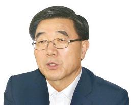 """이기권 """"임금피크제 혼란 없을 것…이달 중 지침 제시"""""""
