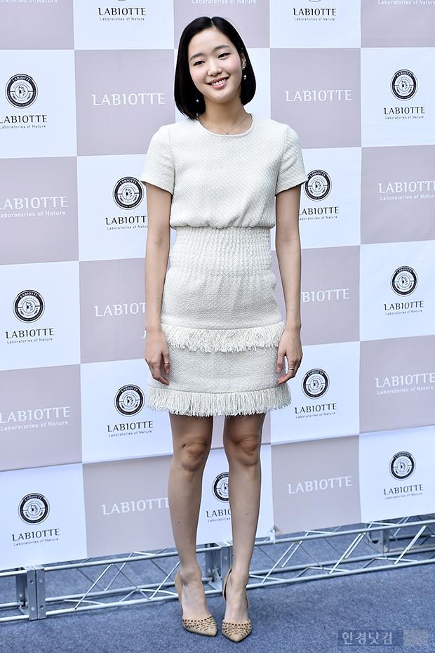 [포토] 김고은, '원피스 하나만 입어도 빛나는 몸매'